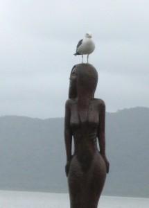 statues041
