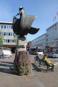 statues033